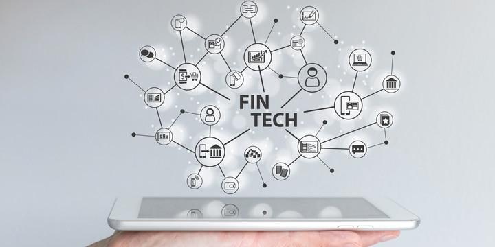 マイナス金利導入で話題の FinTech(フィンテック)とは?