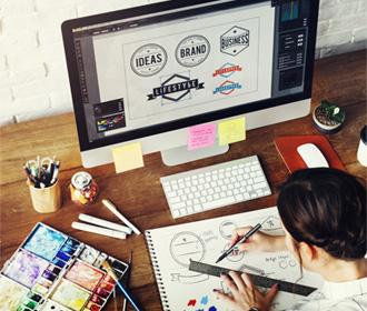 Webデザインの各パーツはIllustratorで制作