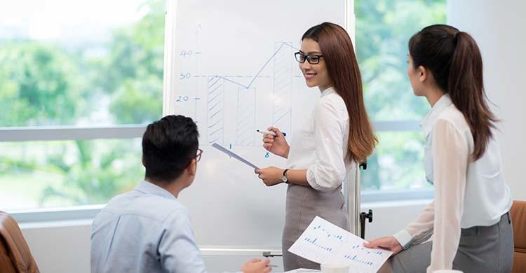 プロジェクトマネージャーになるには資格は必要?PMにおすすめの資格