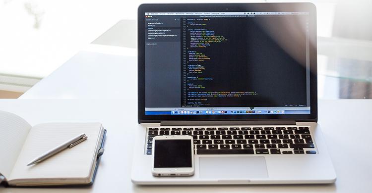 HTML5とは?Webサイトを作る上での基本となる言語をわかりやすく解説!