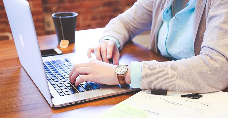 未経験からWebデザイナーになるための方法とは?